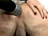 anus-van-haar-slaaf-gevingerd